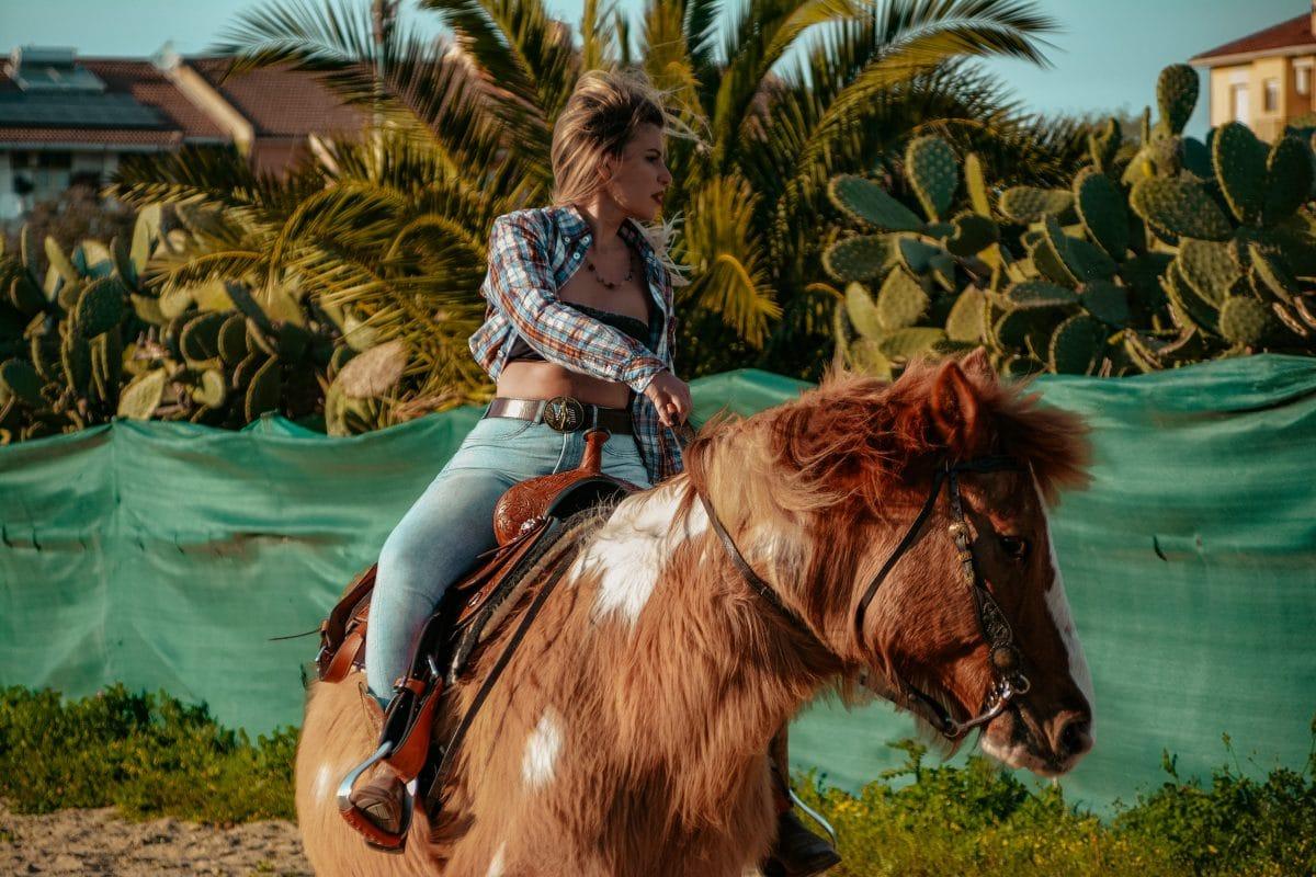 Monta Western Lucia Wild Cowgirls